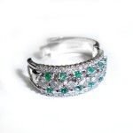 Ladies Diamond & Emeald Dress Ring 4